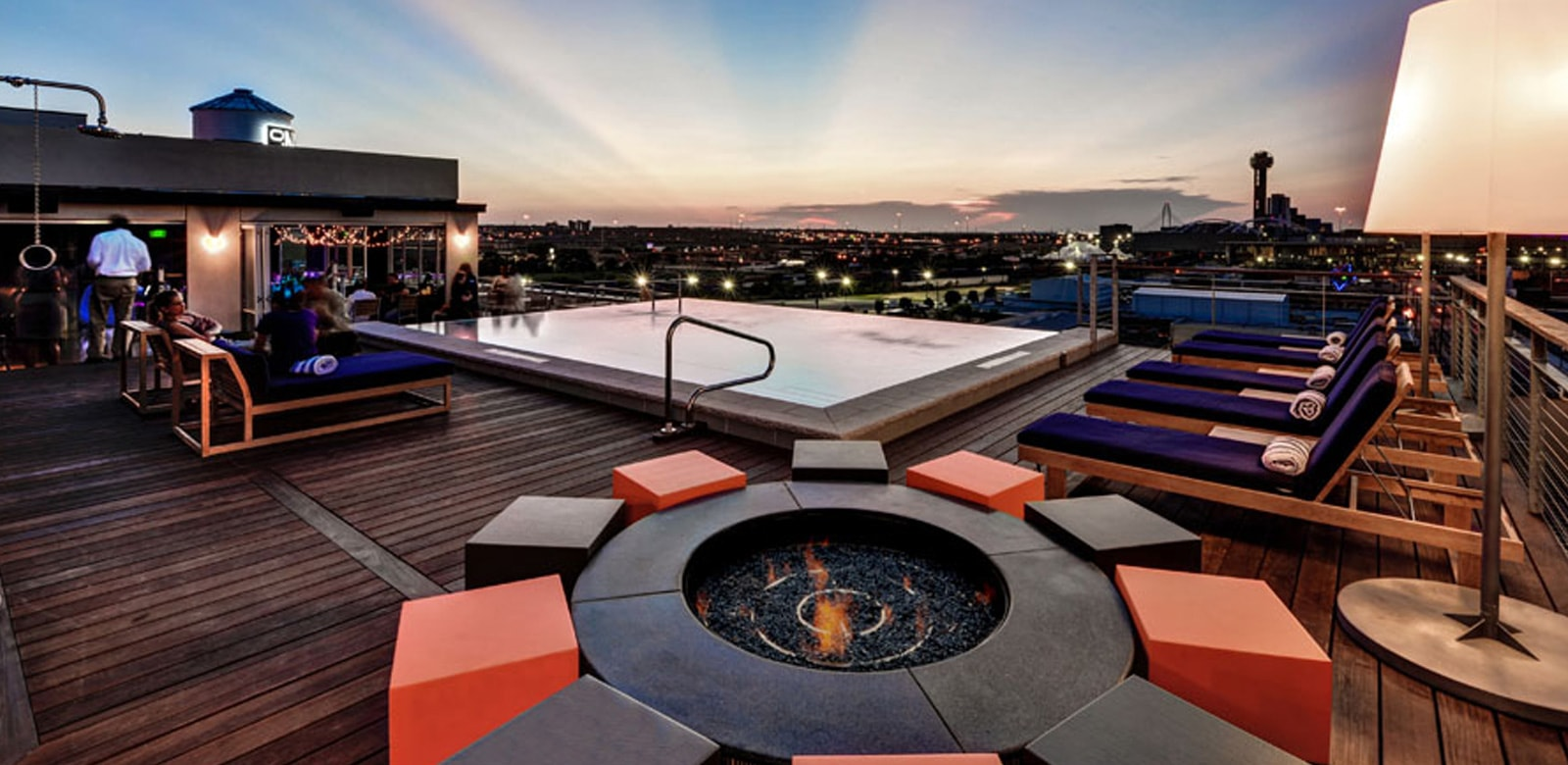 Nylo Dallas reopens as art-themed Canvas Hotel Dallas