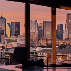 CANVAS Lifestyle Hotel Dallas Rooftop